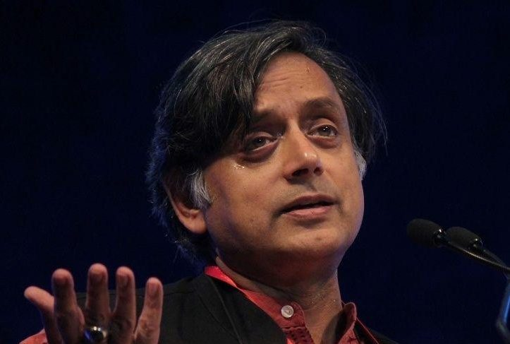 Shashi Tharoor injured as chain in temple gives way